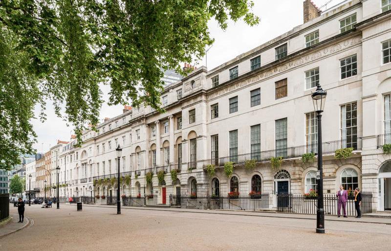 La casa dello stilista Reynolds Woodcock come appare nel film Il filo nascosto