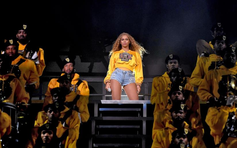 Beyoncé durante il festival di Coachella 2018