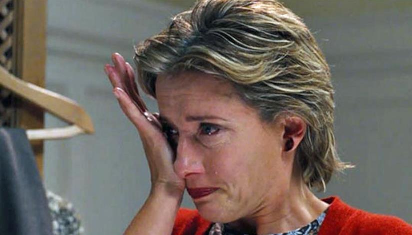 Emma Thompson piange in una scena di Love Actually