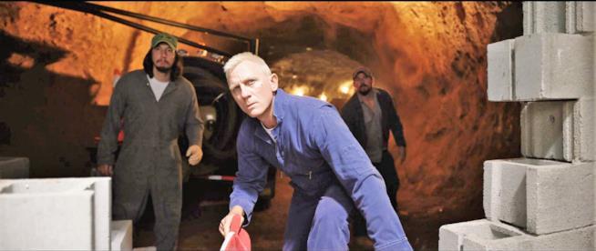 Daniel Craig cattivo galeotto in La truffa dei Logan
