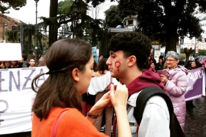 A Roma contro la violenza sulle donne: il diario di FoxLife.it