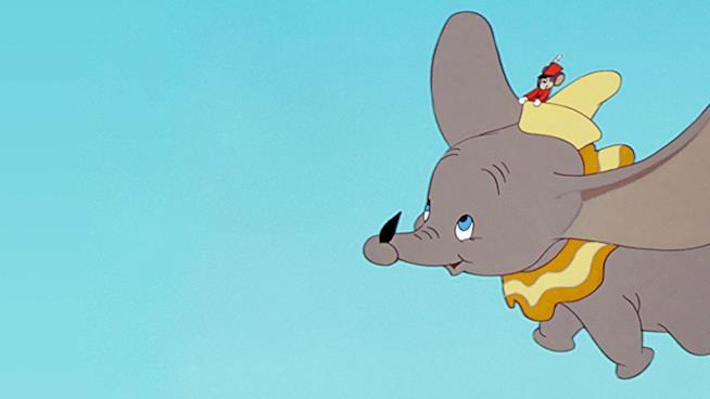 Un fotogramma del film Dumbo