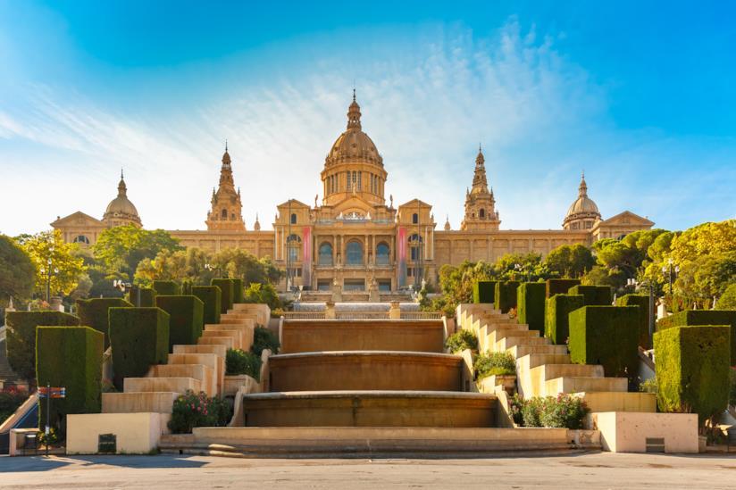 Il Museo nazionale d'arte della Catalogna, nei pressi di Plaça d'Espanya