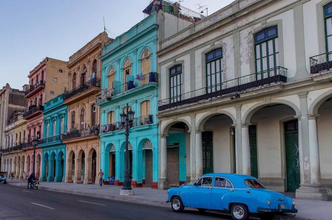 Viaggio a Cuba in auto vintage