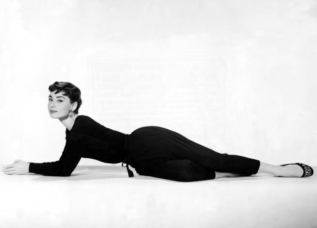 Audrey Hepburn e il look in Cenerentola a Parigi