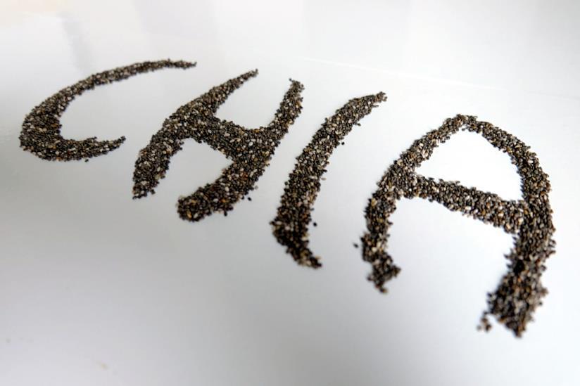 Scritta chia fatta con i semi di chia