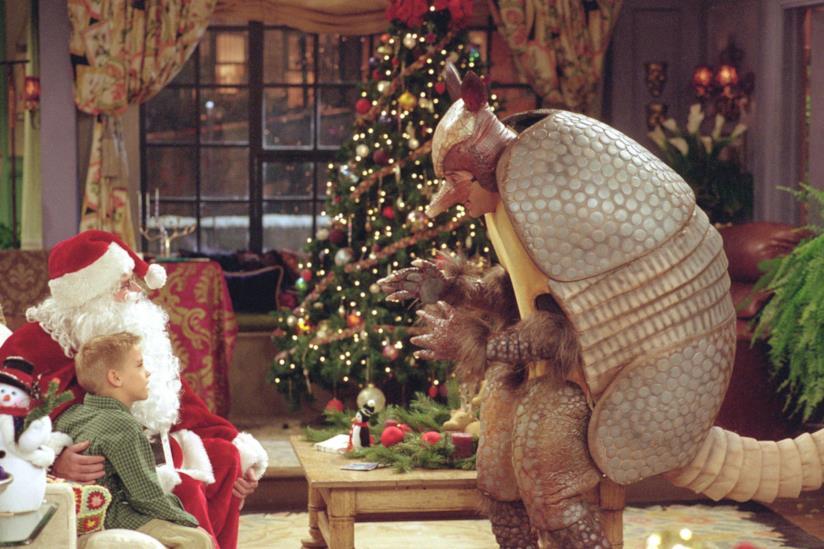 L'episodio natalizio di Friends con Ross vestito da armadillo