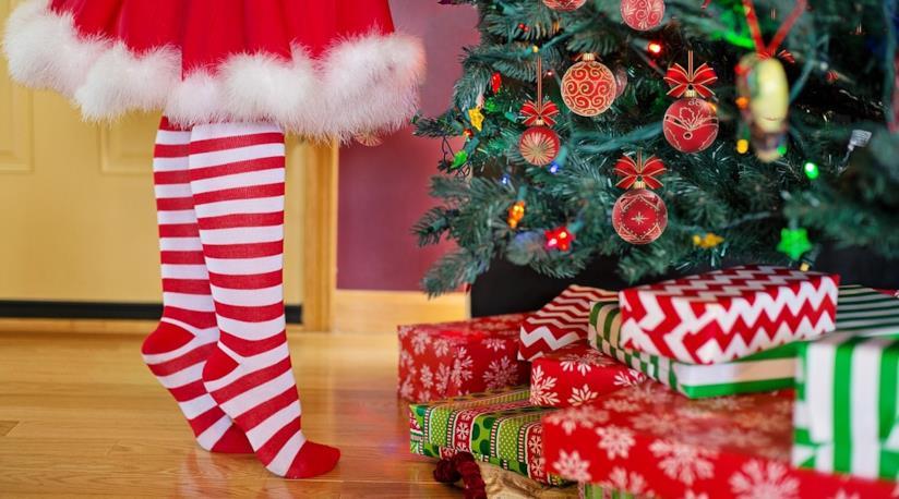 Una guida per scegliere l'albero di Natale confrontando modelli e tipologie diverse
