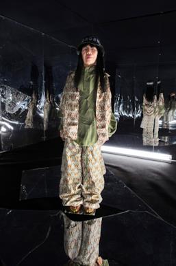 Sfilata MICHIKO KOSHINO Collezione Uomo Primavera Estate 2020 Londra - ¤39990