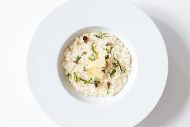 Piatto di riso bianco