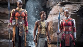 Danai Gurira e Lupita Nyong'O in Black Panther