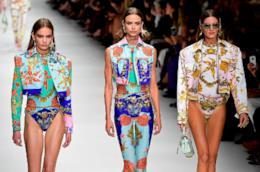 Un momento della sfilata Versace