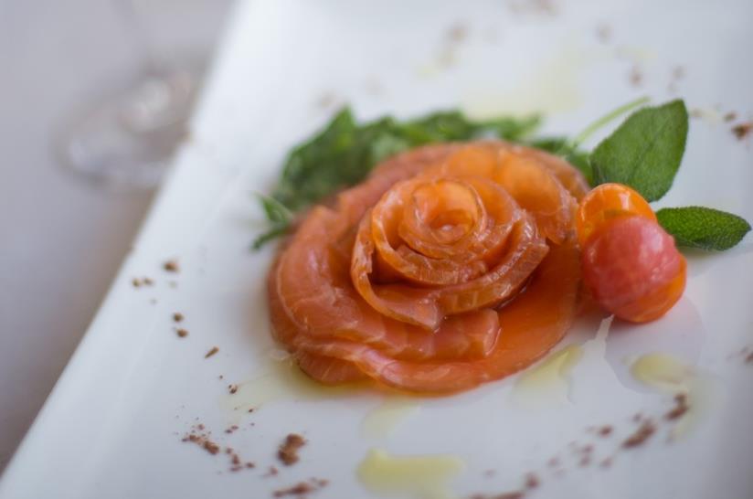 Rose di salmone e porro