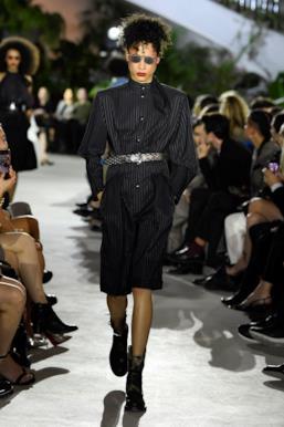 Sfilata LOUIS VUITTON Collezione Donna Primavera Estate 2020 New York - Vuitton Resort PO RS20 0024