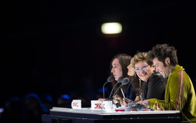 X Factor 11 giudici al tavolo al sesto live