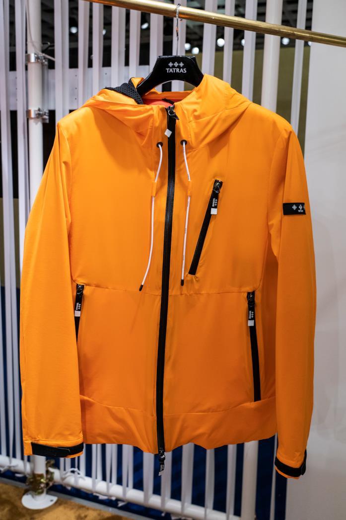 La giacca in tessuto tecnico di Tatras