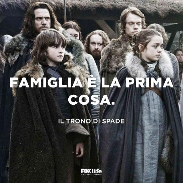 Arya Stark con altri personaggi