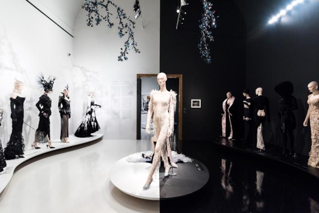 La prima mostra dedicata a Thierry Mugler