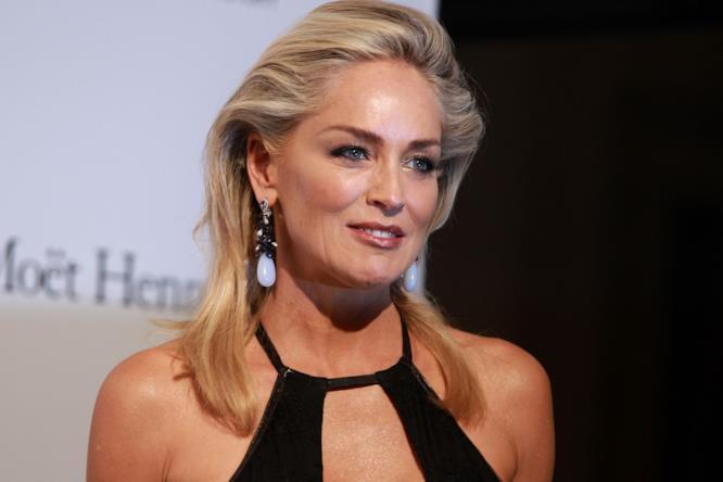 Sharon Stone in primo piano