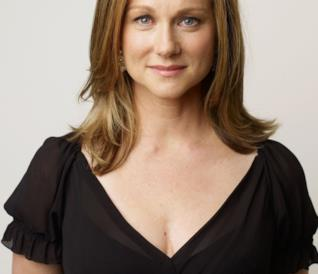 Laura Linney madre a 49 anni