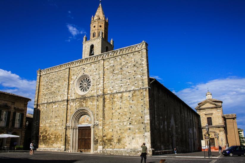 LA Chiesa di San Nicola di Bari a Atri