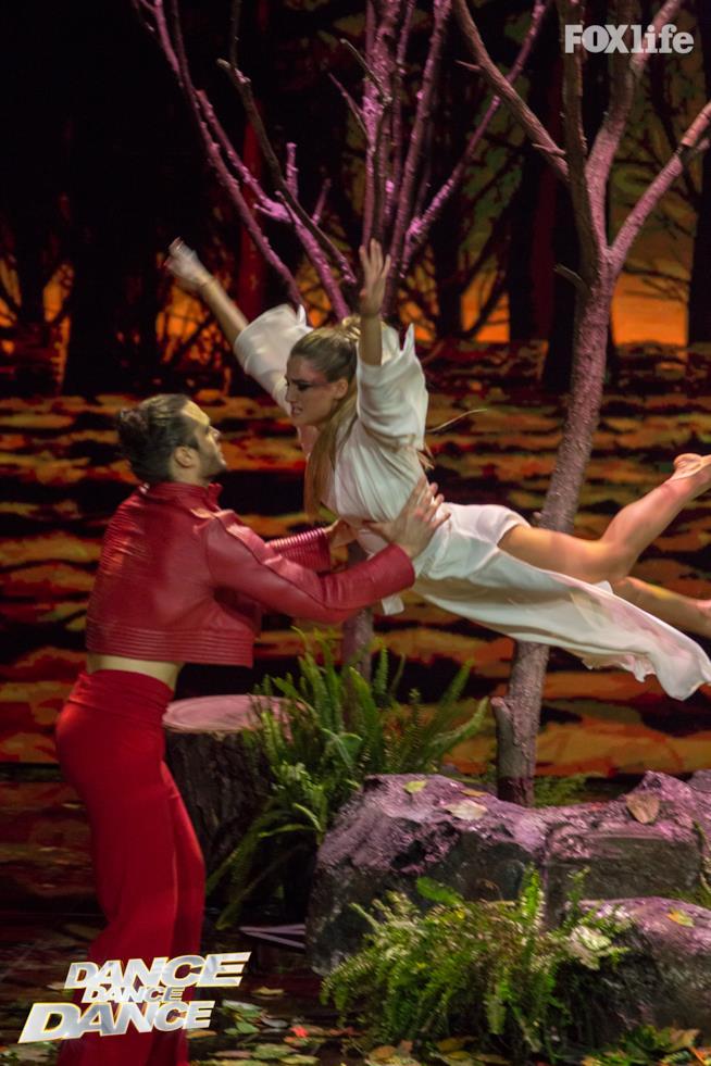Cristina e Giulio, esibizione di coppia nella semifinale di Dance Dance Dance 2