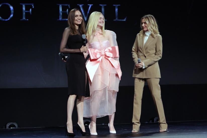 Angelina Jolie, Michelle Pfeiffer ed Elle Fanning