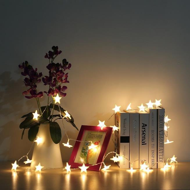 Catena di luci a LED a forma di stelle
