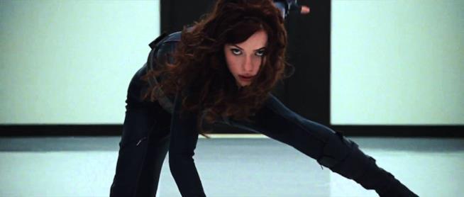 L'attrice Scarlett Johansson in una immagine tratta dal film Iron Man 2