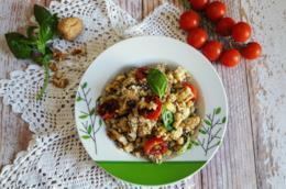Piatto con cereali e verdure