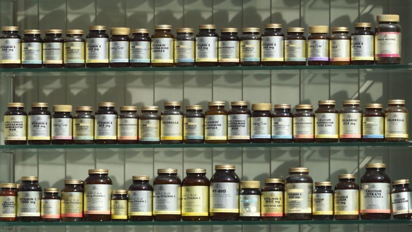 Portapilloli per l'organizzazione di un mese di terapia farmacologica