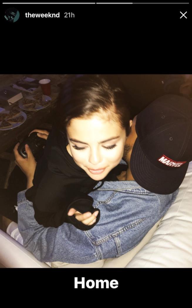 Selena Gomez e The Weeknd, giornata casalinga per due!