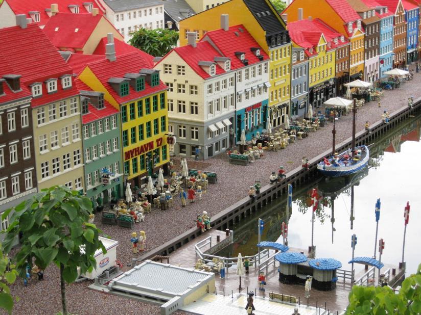 Miniland, la città interamente costruita con mattoncini di LEGO