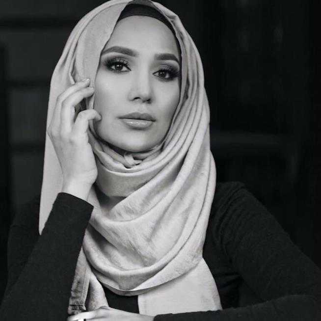 Amena Khan, nuovo volto di L'Oréal Paris