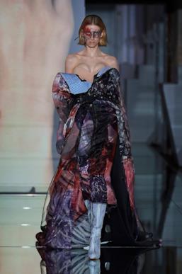 Sfilata MAISON MARGIELA Collezione Alta moda Autunno Inverno 19/20 Parigi - Margiela PO HC RF19 0024