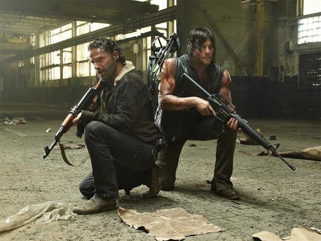 Rick e Daryl in una scena di The Walking Dead