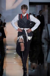 Sfilata MAISON MARGIELA Collezione Alta moda Autunno Inverno 19/20 Parigi - Margiela PO HC RF19 0007