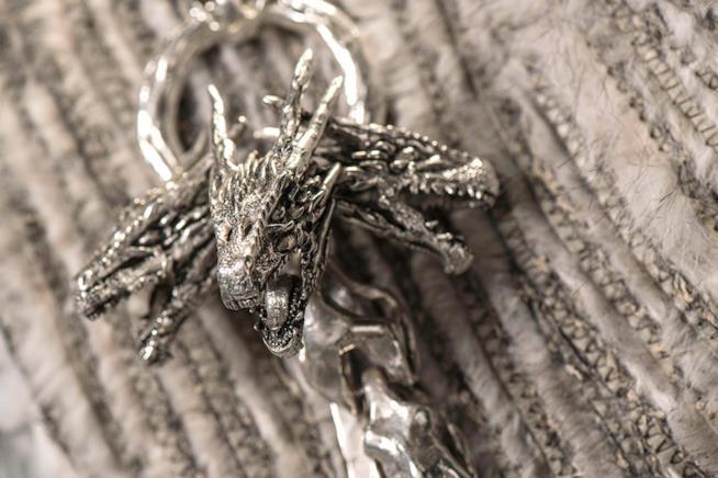 Il drago sul vestito di Daenerys