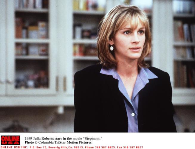 Una scena del film Nemiche Amiche con Julia Roberts e Susan Sarandon