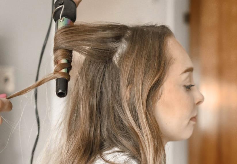 Pettinatura su capelli