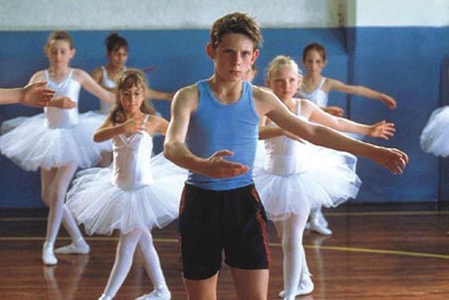 Billy Elliot è un film diretto da Stephen Daldry, ispirato alla storia di Philip Mosley