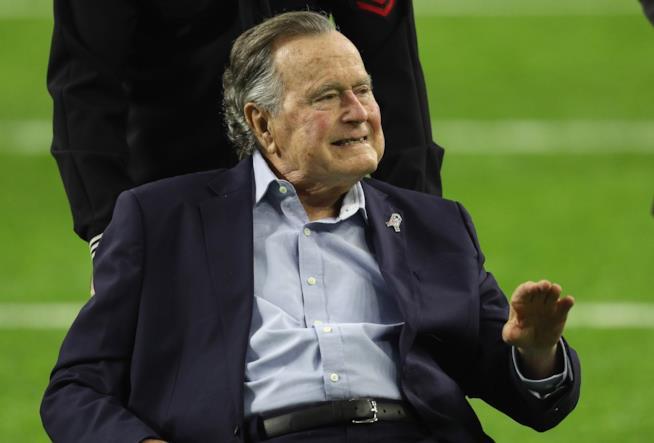 Un recente scatto di George H.W. Bush