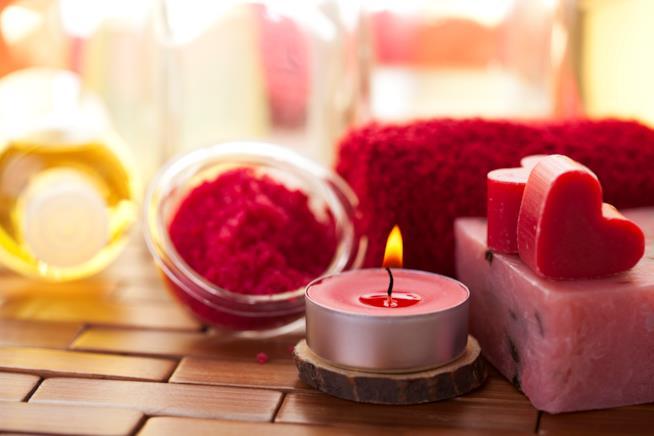 Cinque idee regalo di colore rosso