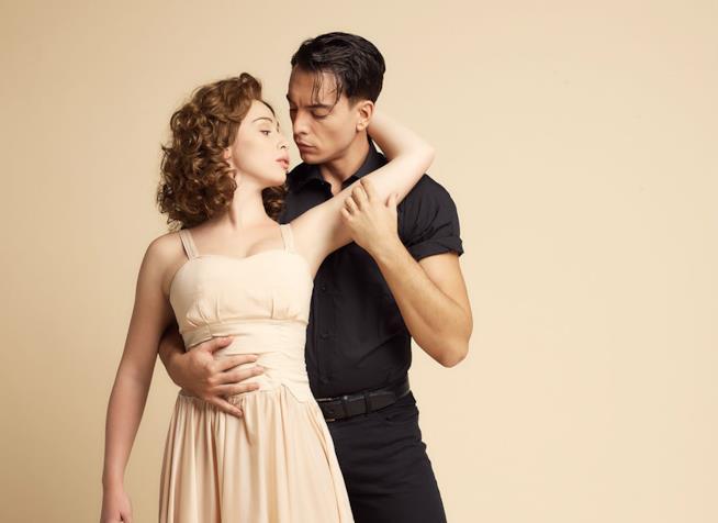 Sara Santostasi e Giuseppe Verzicco, protagonisti del musical Dirty Dancing