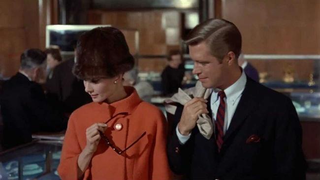 Audrey Hepburn protagonista di Colazione da Tiffany, film del 1961 di Blake Edwards