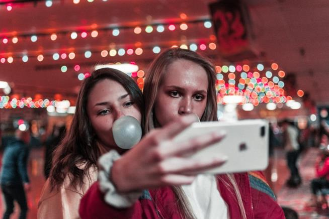 Gli adolescenti i rischi di sexting