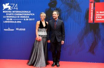 Claudio Santamaria e Francesca Barra a Venezia 74