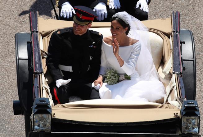 Meghan Markle e principe Harry in carrozza