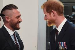 L'attore Tom Hardy col Principe Harry