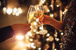 Come organizzare un Capodanno romantico con 12 idee ad hoc